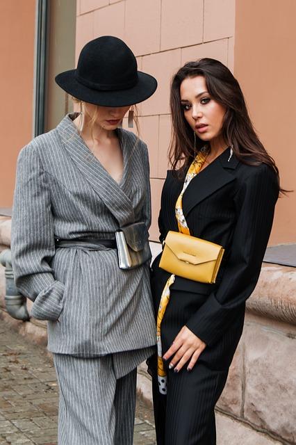 modne i eleganckie stylizacje ze spodniami